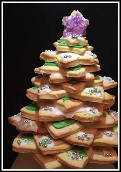 Sarah made a Christmas Tree 3D Cake