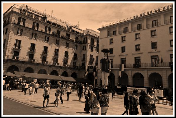 Alicante Market Square 2 Sepia