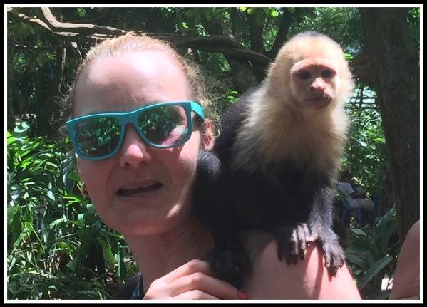 2 Roatan Sarah and the Monkey